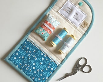 Pretty handmade quilted sewing kit. Travel sewing kit. Floral patchwork.