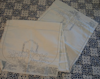 Antique Vintage Wonder Art Runner/Scarf to be Completed / UNUSED Deadstock-Embroidery Crochet