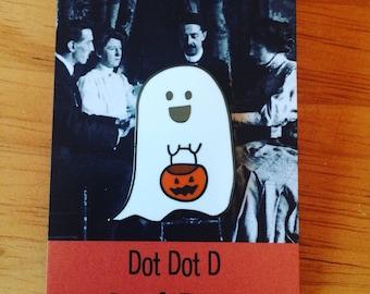 Happy Ghost enamel pin - Halloween enamel pin - Happy Ghost - Trick or Treat