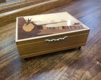 Beautiful Wood Inlay South West Torna A Surriento Music Box