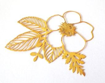 GOLD FILLED flower pendant / 56x56mm