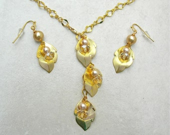 AUTUMN Gold Leaves, Champagne Pearls & Czech Glass Beads  on Gold Adjustable Chain, Versatile Necklace Set by SandraDesigns