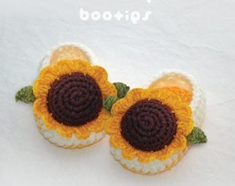 Crochet Pattern Sunflower Baby Booties Preemie Socks Newborn Booties Slippers Socks Sunflower Shoes Orange Brown Sunflower Applique flower