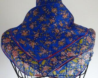 Silk scarf square Vintage shawl Floral silk scarf Hand painted silk Blue silk scarf Vintage silk scarf Made in India Square floral scarf