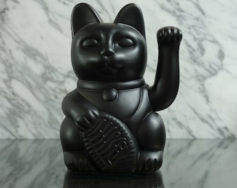 Maneki Neko / Lucky Cat / Waving Cat – Matt Black