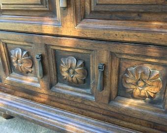 SOLD! Moroccan Boho Dresser Set
