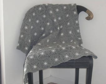 Small baby cradle blanket