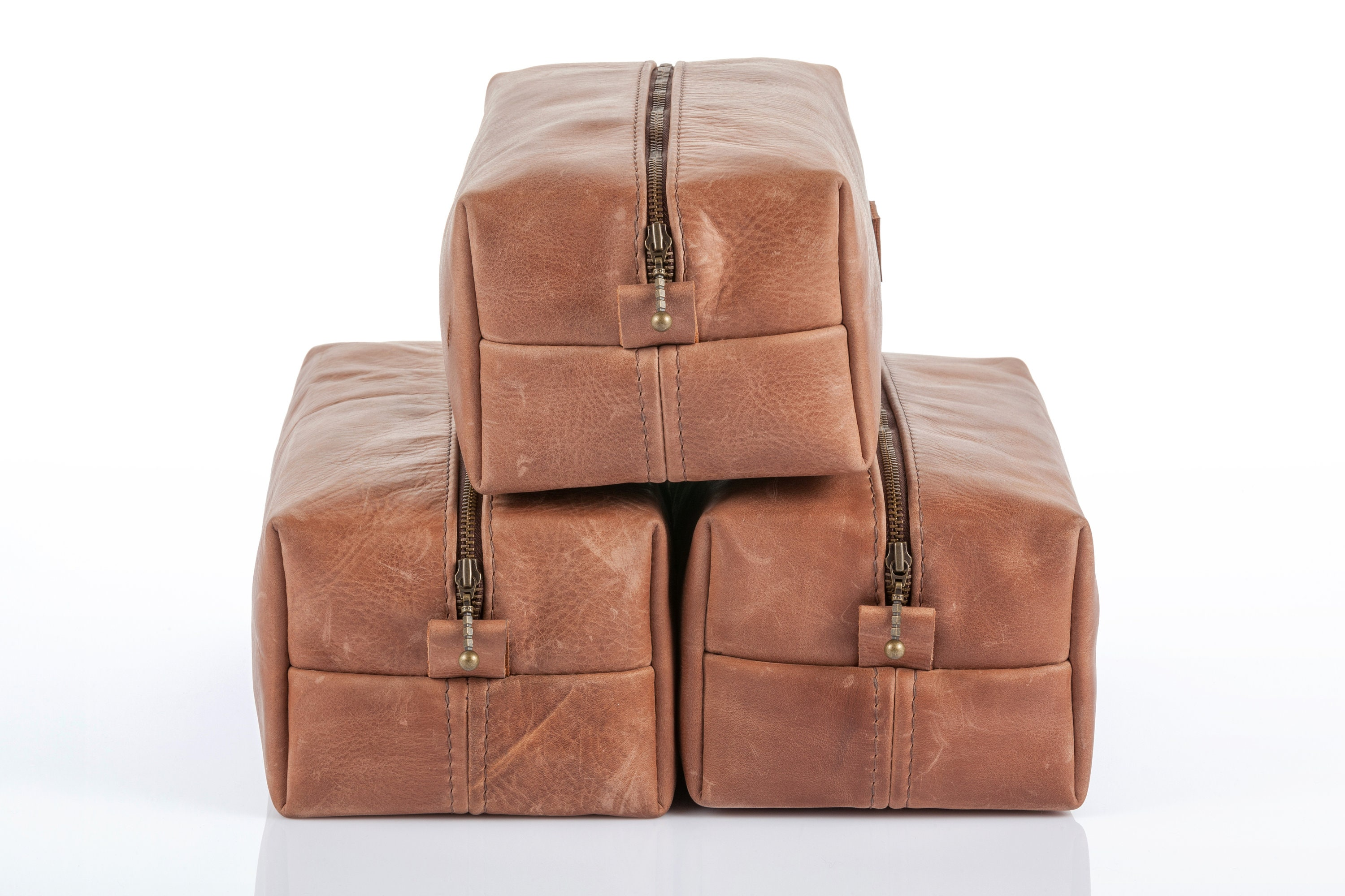 493decfb7888 SET of 12 Dopp kits Personalized Leater Toiletry bags