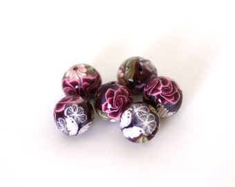 Polymer Clay Round Beads, Red Roses on Crimson Beads, 6 Pieces
