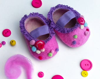 Candy - Handmade baby shoes - Wet felting candy / sweets pink shoes