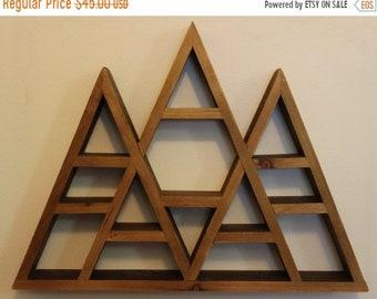 Triple Peak Triangle Wood Shelf