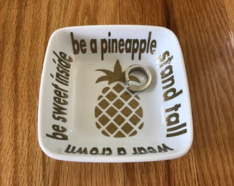Ring Dish|Personalized|Jewelry Dish|Bridal Shower Gift|Engagement Ring Holder|Engagement Gift|Pineapple|Stocking Stuffer|White Elephant Gift