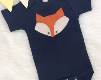 Baby fox bodysuit, hand sewn applique, cute fox- personalize with your baby's name!