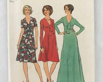 Simplicity Dress Sewing Pattern 6509, Size 18 & 20 UNCUT 1974