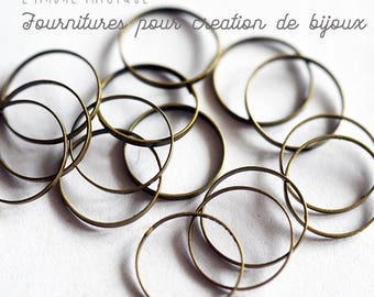 Small rings thin bronze not dimensions 12 x 10 mm