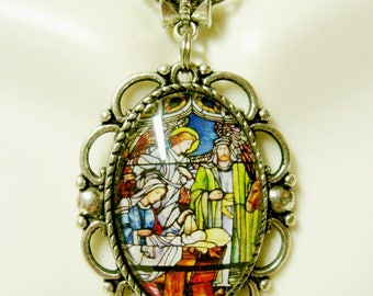 Nativity stained glass window pendant and chain - AP26-276