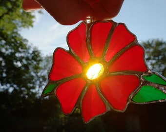 Stained glass red flower suncatcher