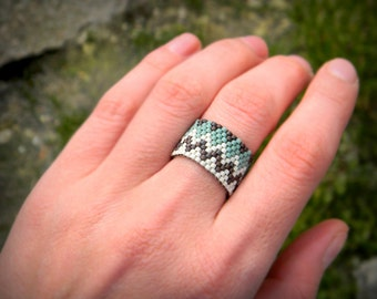 Size 8 boho band ring for women Bohemian ring Peyote beaded band ring Seed bead jewelry Ethnic style ring Wide band ring Unusual hippie ring
