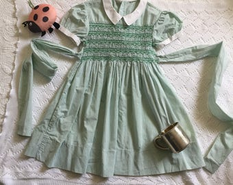 1950s Vintage Girl's Smocked Dress with Sash and White Collar Green 2T