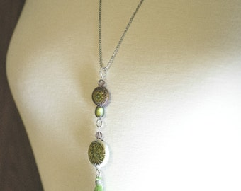 Green Tassel Necklace, Mood Bead, Tassel Necklace, Long - 1NEB0013GN