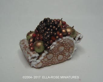 12th scale miniature handcrafted Gingerbread Frosted Fruits Sleigh