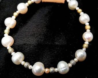 "Bracelet ""Dream of Pearls"""