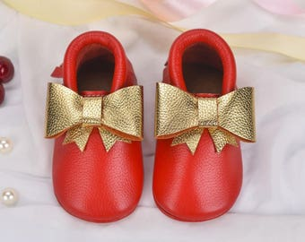 baby shoes,baby girl moccasins,toddler moccasins,baby mocassins, baby leather moccasins,baby moccasins leather,gold baby moccasins,shoes