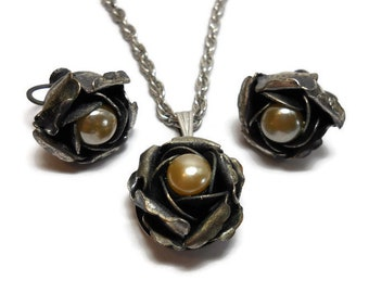 Vintage 1940s Antique Silver Sculptured Rose with Pearl Necklace / Earrings Demi Parure