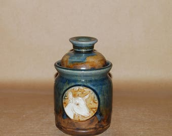 Handmade Stoneware Pint Jar with Saanen Medallion