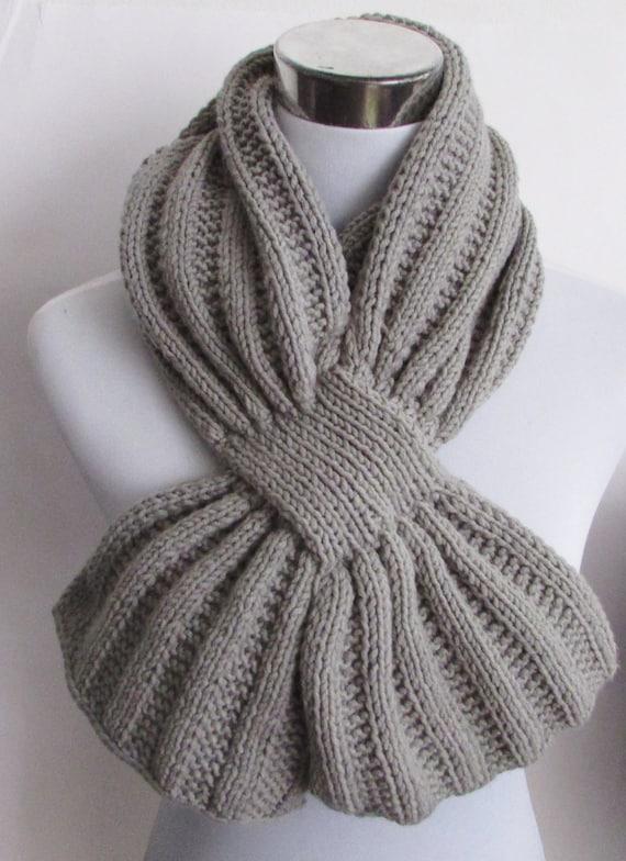 Unisex Keyhole Scarf Knitting Pattern Men's Scarf