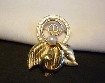 1950s Cultured Pearl Pin Brooch