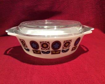 Pyrex JAJ Indiana Casserole Dish 1 pint circa 1966 #505