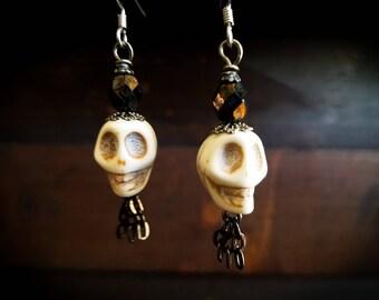 Howlite White Skull Earrings,Sugar skulls, Dangle Earrings, Elegant wear,Black jeweled, Skull earrings, Skull Jewelry, Filigree, Gothic,dark