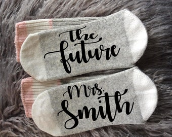 Bride-Bride to Be-Bride Socks-Bridal Party Gifts-Bride Gifts-Bridesmaid Proposal-Wedding Gifts-Bridal Shower-Engagement Gifts-Wifey to Be