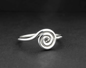 Silver Spiral Ring, Swirl ring, surfer jewelry, Women's Ring, Thin Silver band, dainty, healing ring