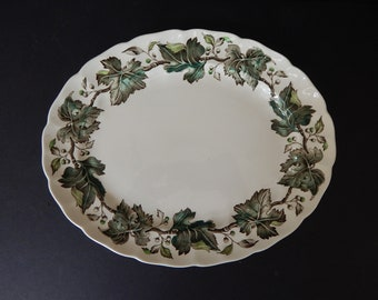 Johnson Brothers Vintage Green Ivy and Berries Serving Plate Platter
