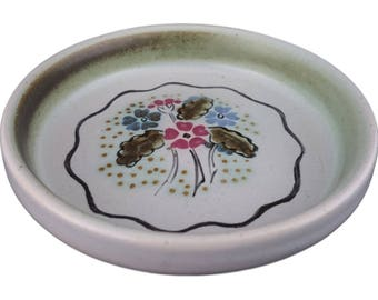 Pin Dish with floral design from Buchan Pottery