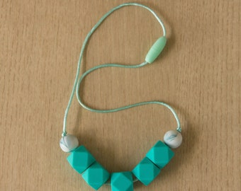 Silicone Necklace 01101001 | Breastfeeding Necklace | Baby Shower || Sale
