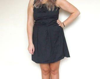 Knee length business Pinstripe dress uk10
