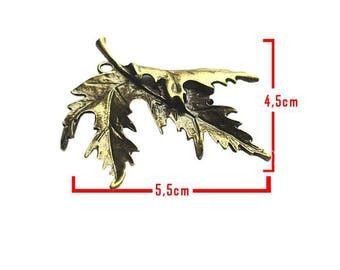 Leaf embellishment model C bronze tone pendant size about 5.5 cm