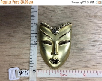 10%OFF3DAYSALE Vintage Gold Toned Pin Brooch Mask Rhinestone Used