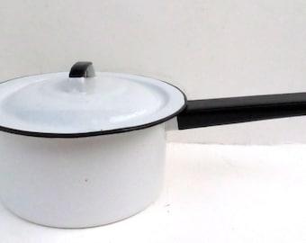 Vintage White Enamelware Pan with Black Trim and Lid 1 1/2 Quart
