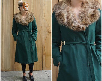 Vintage 70's Hunter Green Trench Coat with Fur Collar and Belted Waist by Tom Fallon   Medium Large