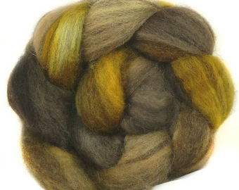 BFL  handdyed wool roving top spinning fiber 3.6 oz