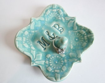 Personalized Victorian ring holder Wedding gift Ring dish Available in white