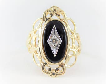 Vintage 10k Gold Black Onyx and Diamond Ring