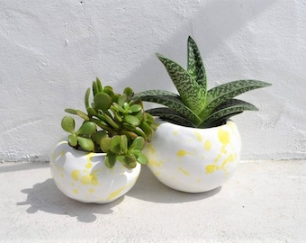 Set of two small dripped yelllow planters