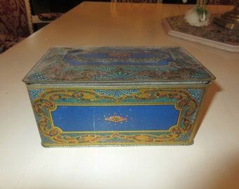 OMAHA VELVETINA BUTY Chest tin