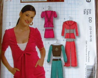 Misses Hooded Jacket, Tops, Shorts and Pants Sizes 12 14 16 18 McCalls Pattern M5819 UNCUT