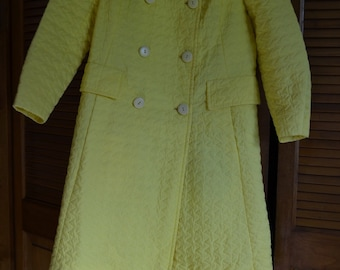 Raincoat Yellow, vintage